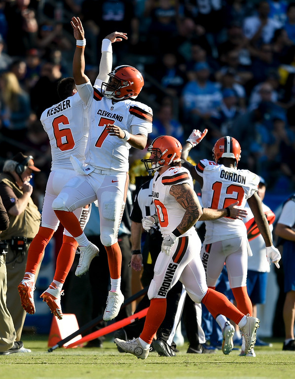 . Cleveland Browns quarterback DeShone Kizer (7) celebrates after his touchdown pass against the Los Angeles Chargers during the first half of an NFL football game Sunday, Dec. 3, 2017, in Carson, Calif. (AP Photo/Kelvin Kuo)