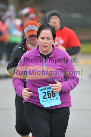 Finish, Gallery 5 - 2012 Shelby Twp. Jingle Bell Run