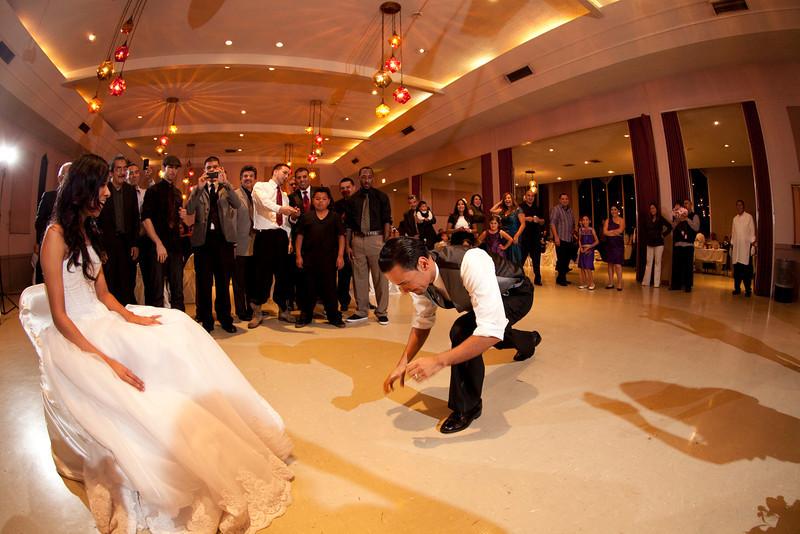 2011-11-11-Servante-Wedding-719.JPG