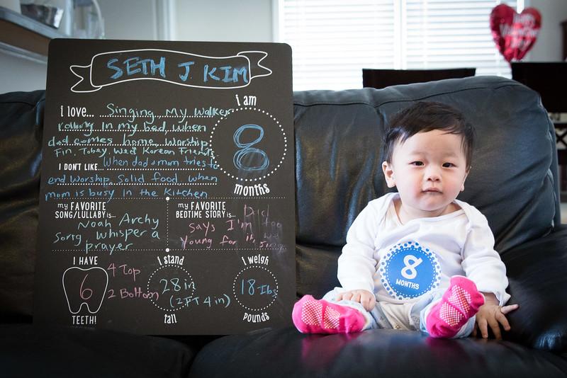 Seth 8 month-3455.jpg
