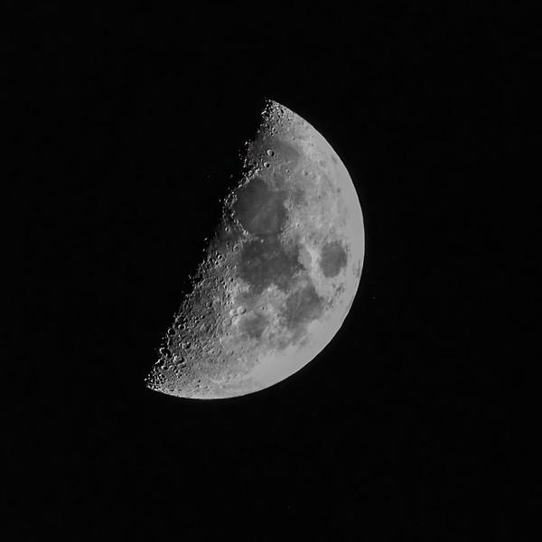 MoonAshville-002