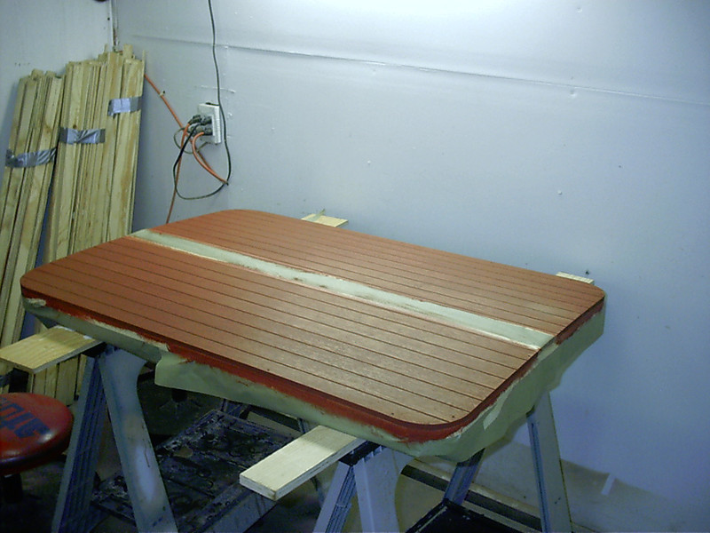 Engine hatch with second stain color.