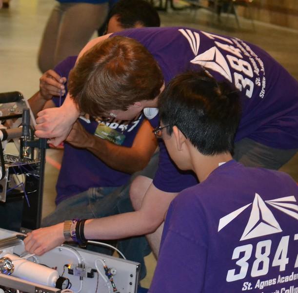 2016 FIRST Bayou Regional Robotics - Spectrum 3847 - 735