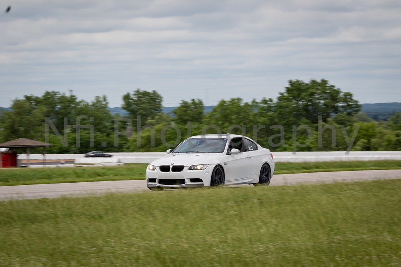 Flat Out Group 3-105.jpg
