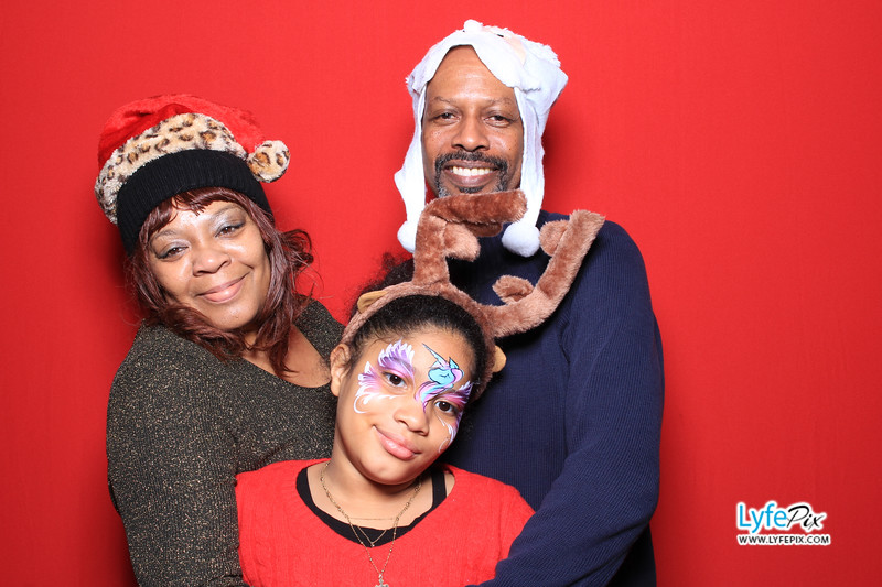 eastern-2018-holiday-party-sterling-virginia-photo-booth-0117.jpg