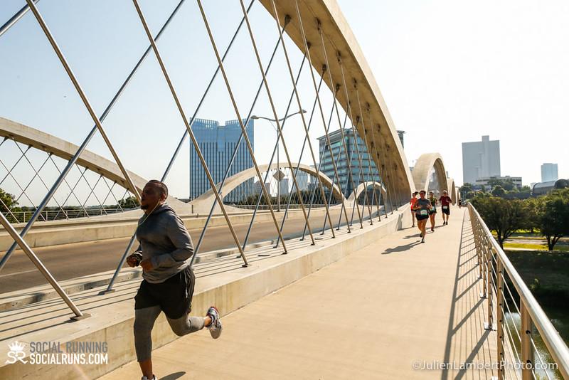 Fort Worth-Social Running_917-0405.jpg