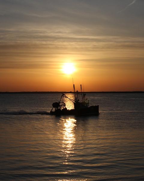 Sunrise port monmouth.jpg
