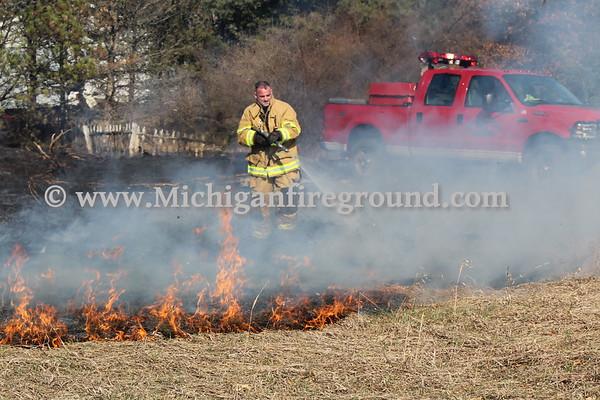 4/4/18 - Rives-Tompkins Twp grass fire, 10690 Somerville Rd