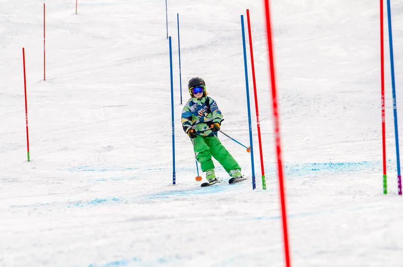 Standard-Races_2-7-15_Snow-Trails-253.jpg