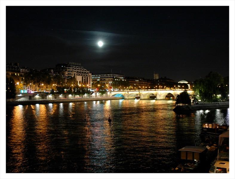 moon over the Seine.JPG