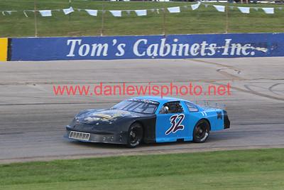 080819 WIR Speedway
