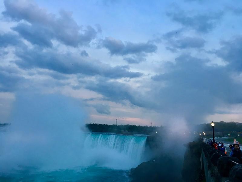 Niagra Falls 8.jpg