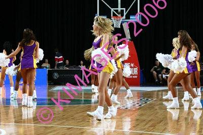 Kings Vs Taipans Pre-Game, Cheerleaders & Half-Time Entertainment 27-12-06