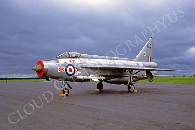 BAC Lightning F-2 00005 BAC Lightning F-2 British RAF June 1971 by Brian Stainer .JPG
