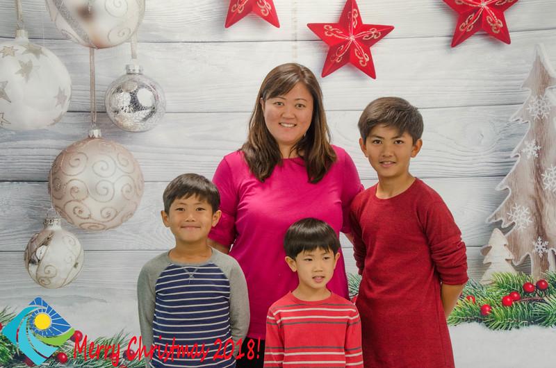 Christmas Photobooth 2018 Sunday-176.jpg