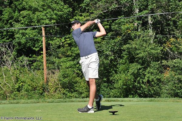 JV Boys Golf Action