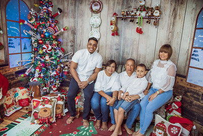 11. Juana y Familia navidades del 2019