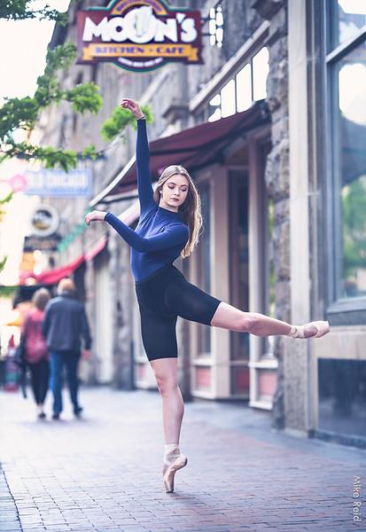 Naomi Rux....apprentice with Ballet Idaho.