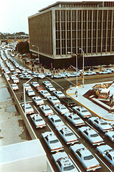 70's police car turn in