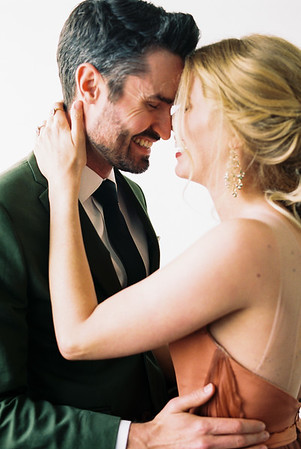 HOW TO PLAN A WEDDING THAT FEELS LIKE YOU