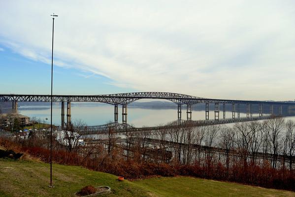 Reflections Newburgh  - Beacon Bridge 12/12/12 12:00 hd hrs 70 - 300 MM  / 58 MM lens