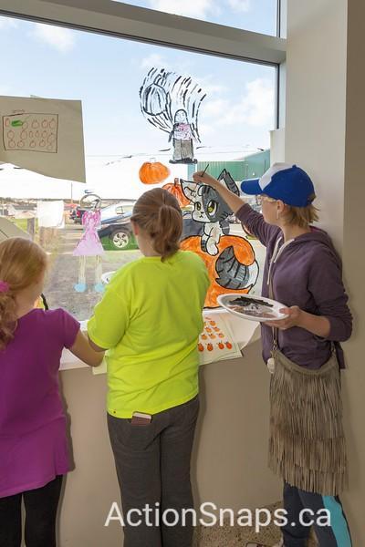 2017-09 Paradise Arts Community - Window Painting