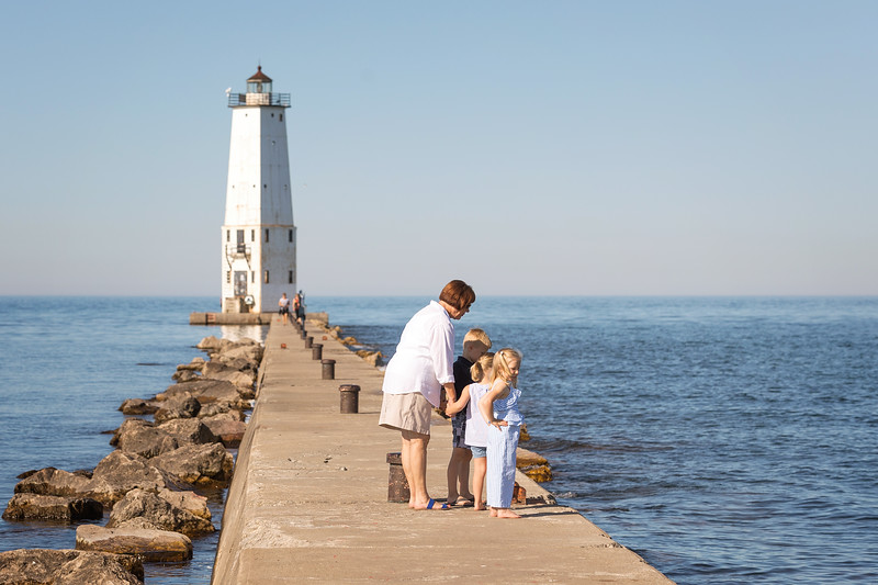 Frankfort Beach Family Session-1.jpg