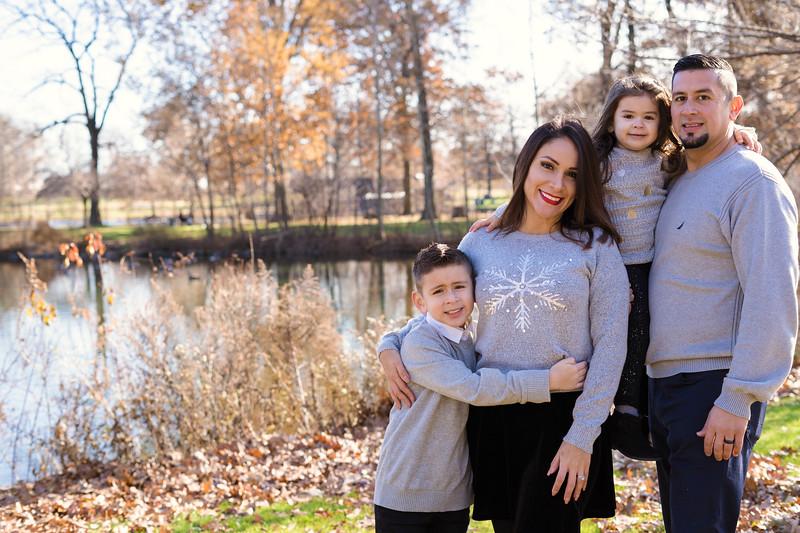 Brenda-Family-Christmas (38 of 46).jpg