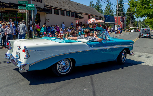 Set one: the Tom Stewart Memorial Classic Car Parade 2018
