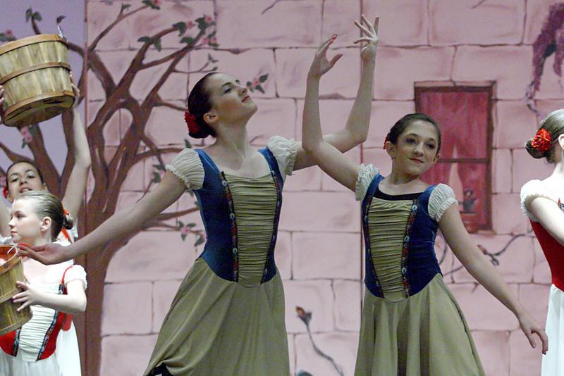 dance_050209_340.jpg