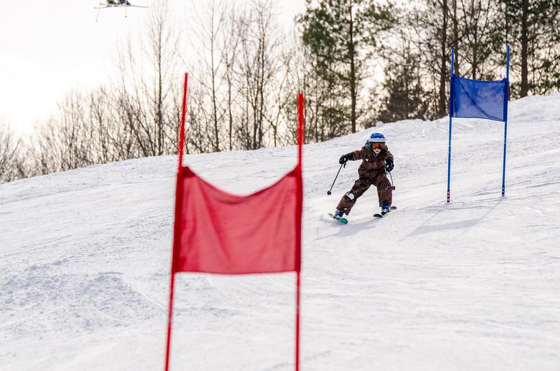 Standard-Races_2-7-15_Snow-Trails-32.jpg