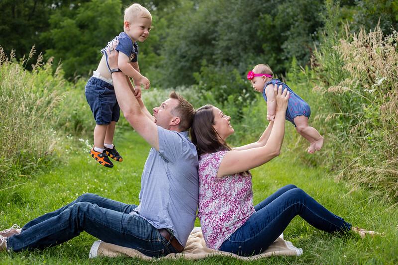 Reuter Family-2.jpg