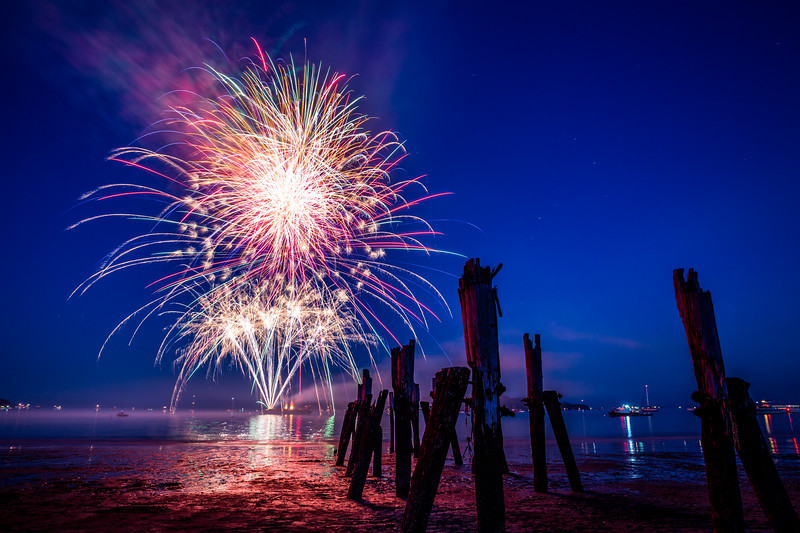 7-4-18 West Beach Fireworks-21.jpg
