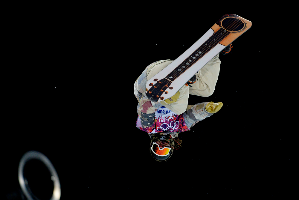. U.S.A. rider Danny Davis rides during the men\'s snowboard halfpipe final. Sochi 2014 Winter Olympics on Tuesday, February 11, 2014. (Photo by AAron Ontiveroz/The Denver Post)