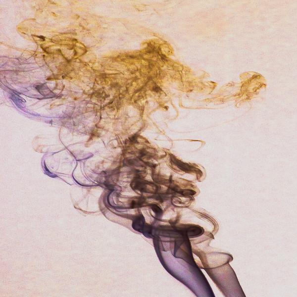 Smoke Trails 4~8478-1nis.