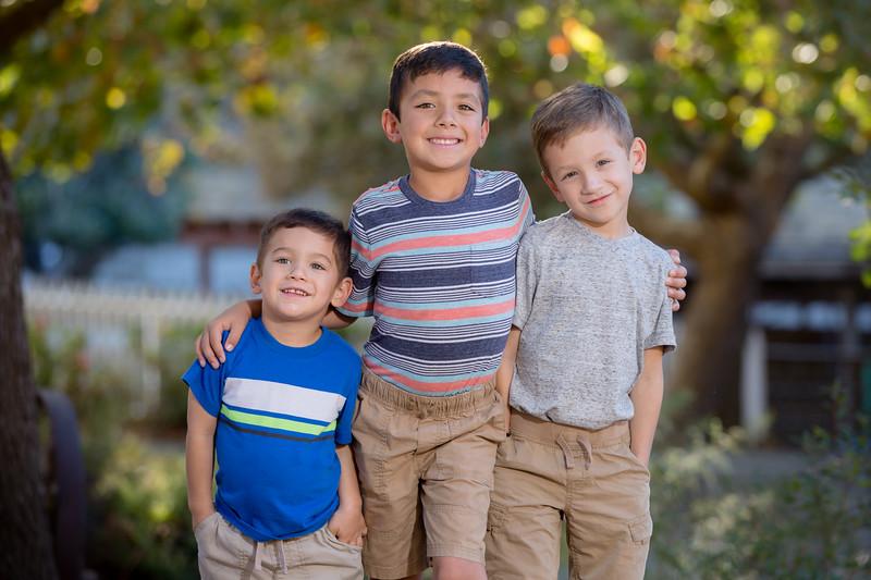 Acosta Family 2017-12.jpg