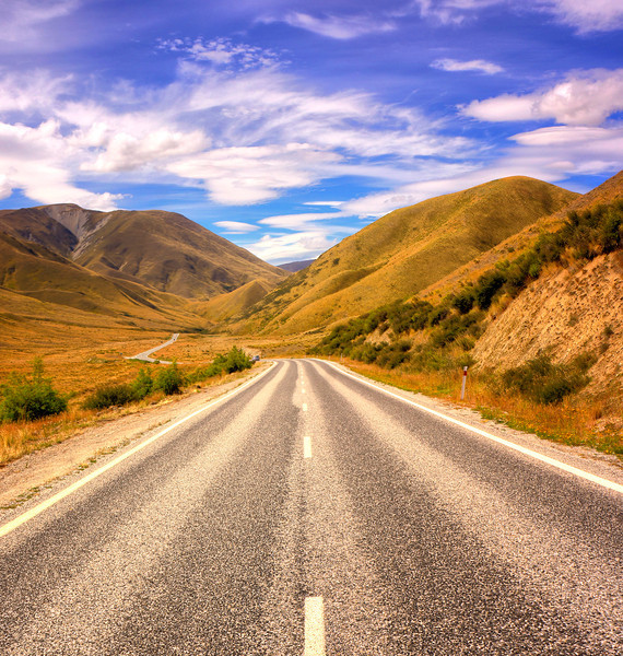 Lindis Pass, along the Otago Gold Trail.