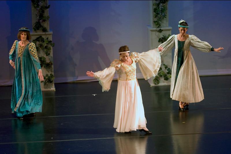 dance_05-22-10_0129.jpg
