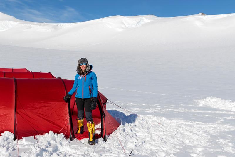 Climb Antarctica Women -1-11-18099712.jpg