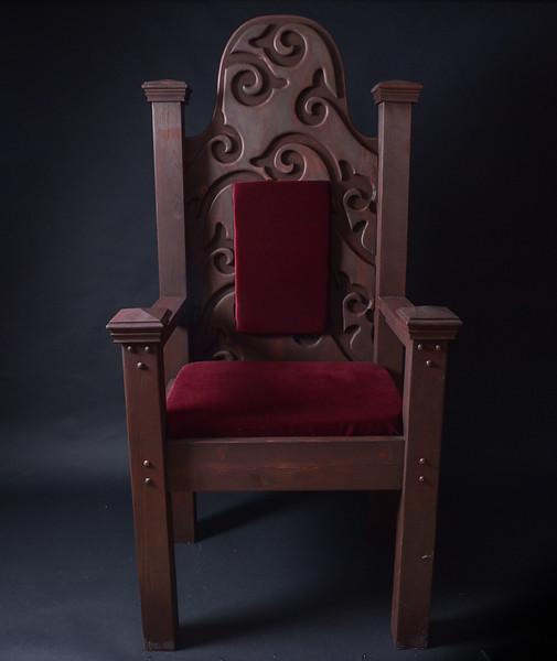 Martin Boivin Throne & Chandeliers Feb 2016-35.jpg
