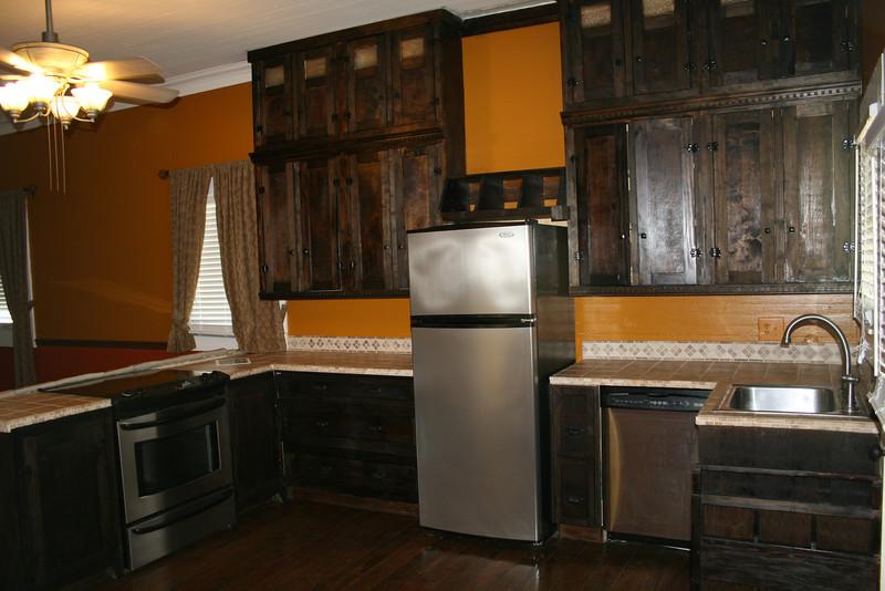 kitchen prerenovation.