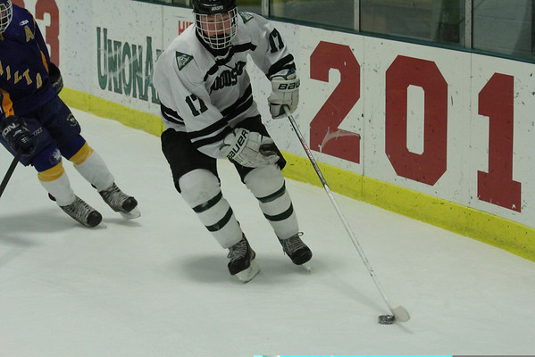 WUHS Boys Hockey vs Milton