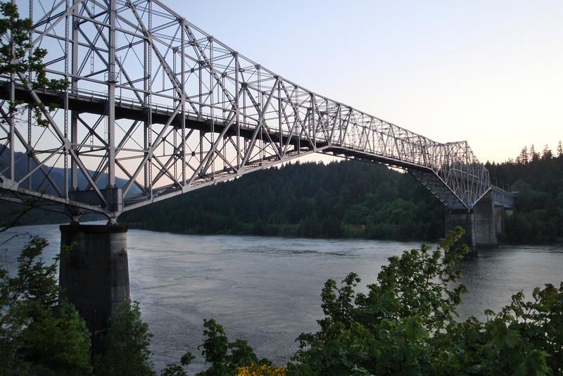 Cascade Locks - Bridge of the Gods.