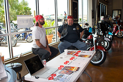 Republic Harley-Davidson Bikini Bike Wash