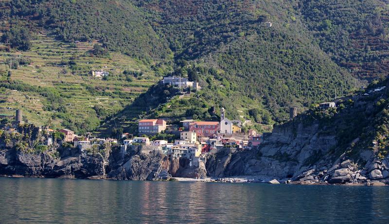 Italy-Cinque-Terre-Vernazza-01.JPG