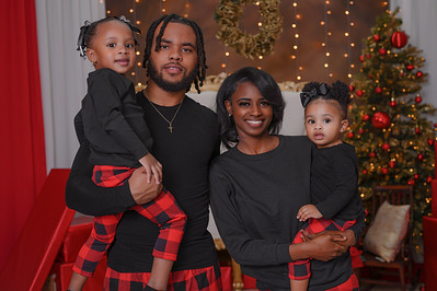 The Mitchell Family Christmas 2020
