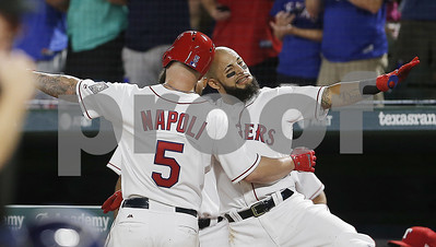 beltre-rangers-hand-astros-5th-straight-loss-with-83-win