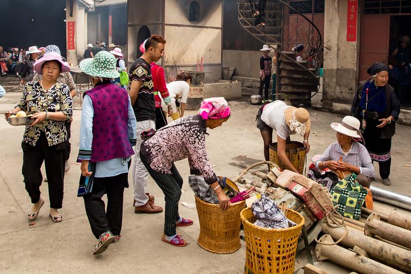 Ceremony at Temple in Dali, Yunnan, China-9890.jpg