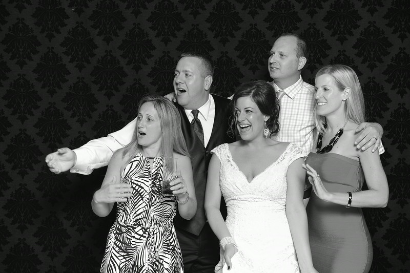 NinaLilyPhotography_Harvey_PhotoBooth275.jpg