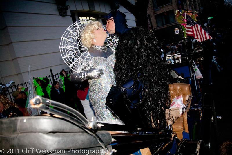 NYC_Halloween_Parade_2011-6244.jpg